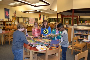 Students work on book donations
